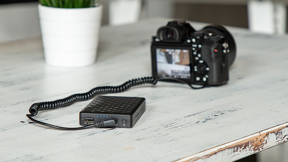 Newell PB-FZ100 powerbank for Sony A7III